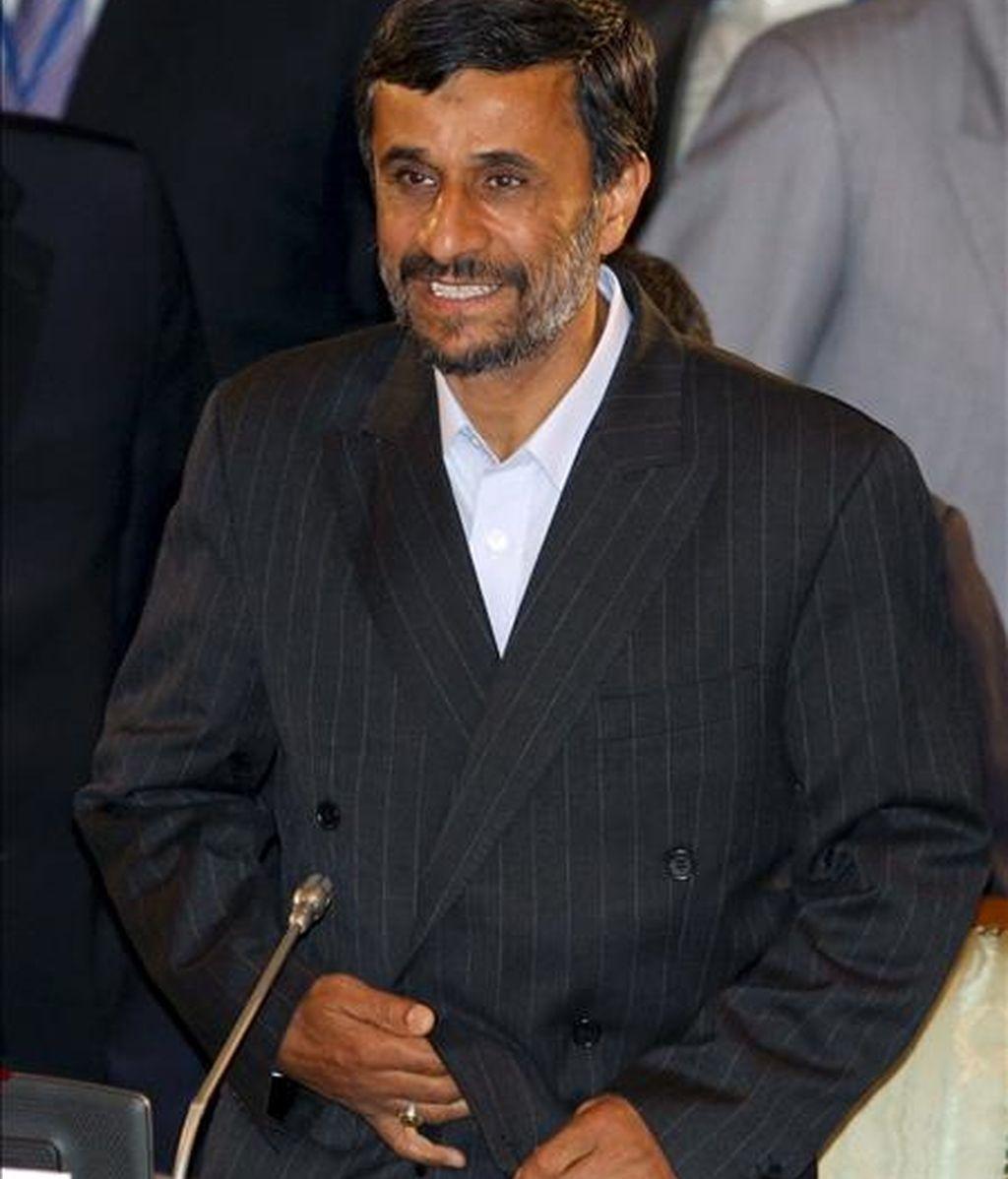 El presidente de Irán, Mahmud Ahmadineyad, durante la segunda jornada de la reunión de la Organización de Cooperación de Shangai (SCO) que se celebró en Yekaterimburgo, Rusia, hoy martes 16 de junio. EFE