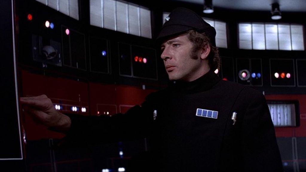 Muere el actor de Star Wars Peter Sumner