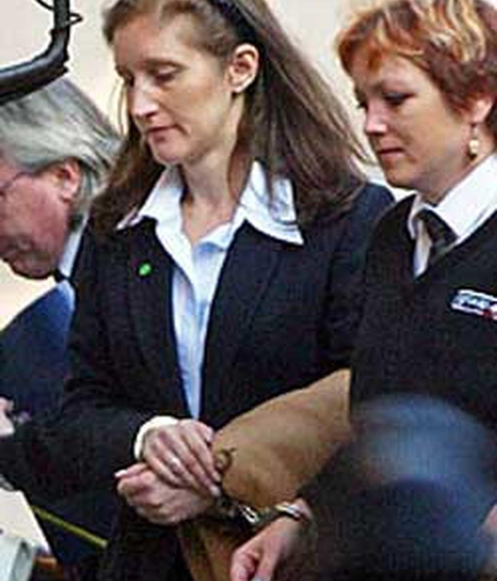 Andrews fue encarcelada en mayo del 2002 después que un jurado la declarase culpable de matar a su pareja el millonario Thomas Cressman. FOTO: Times