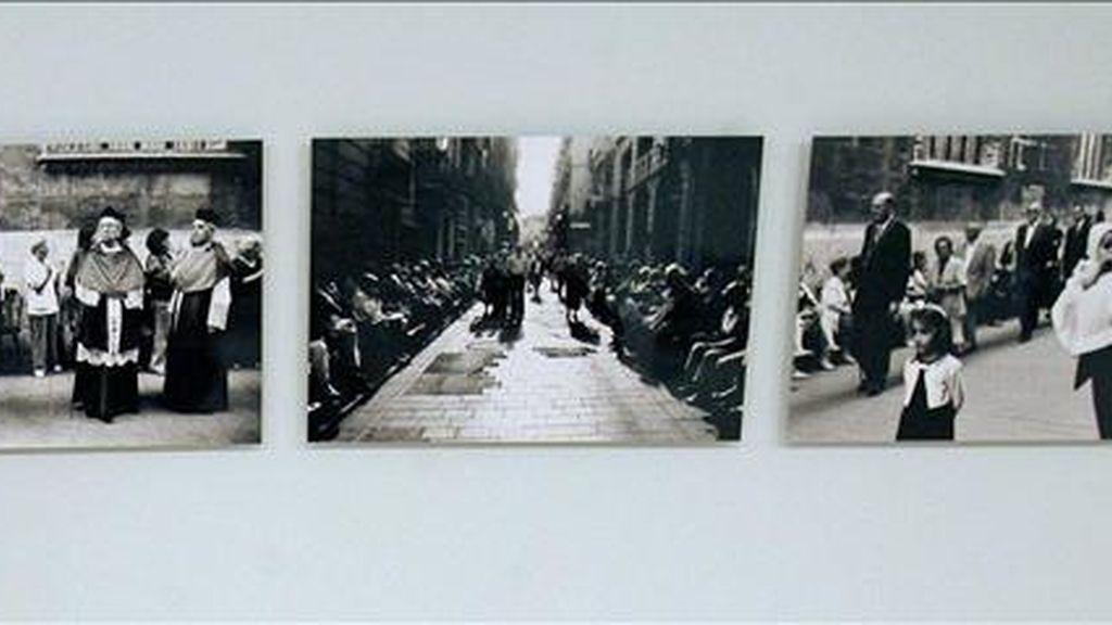 """En la imagen, fotografías de la exposición """"Valencia del tranvía. Manuel Vicent versus Joan Antoni Vicent"""" y que a través de cincuenta imagenes recogen su visión de la ciudad a partir de una serie de pasajes de la novela """"Tranvía a la Malvarrosa"""". EFE/Archivo"""