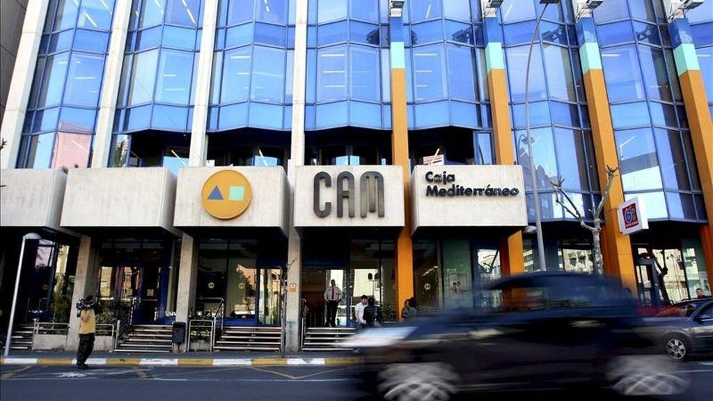 Vista de la sede central de la CAM en Alicante. EFE/Archivo