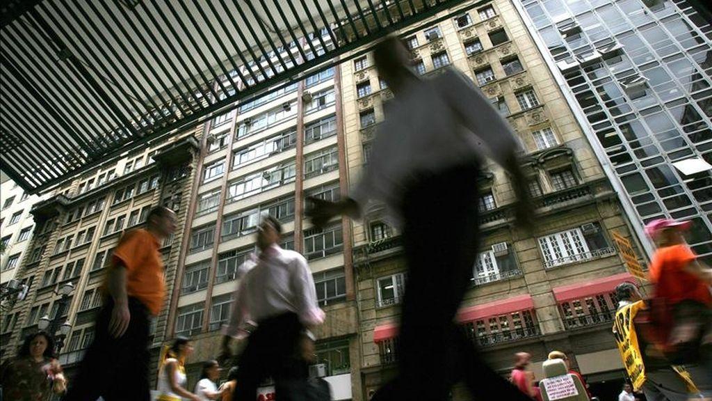 Latinoamérica, que en 2010 representaba el 8,6 % de la población mundial, reducirá su representatividad hasta el 8,1 % en 2050, mientras que en 2100 caerá hasta el 6,8 %. EFE/Archivo