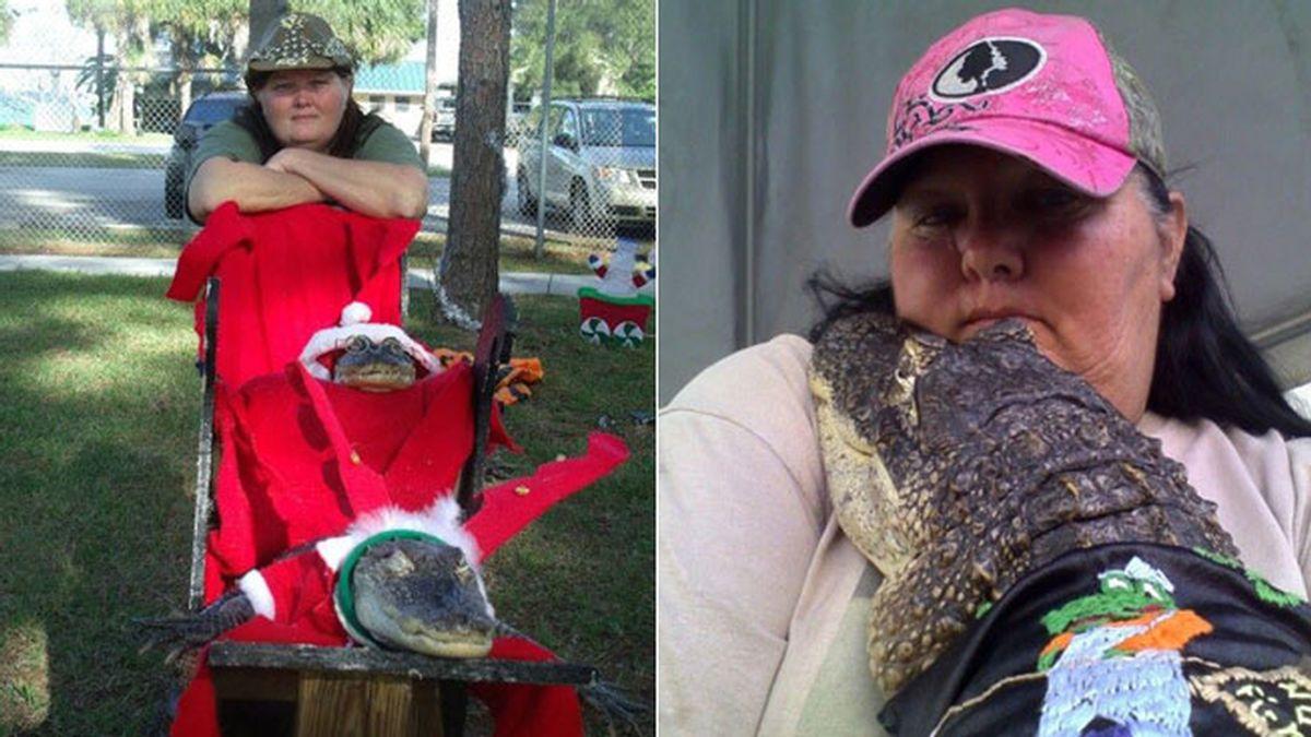 Permiten a una mujer tener como mascota un caimán de casi dos metros