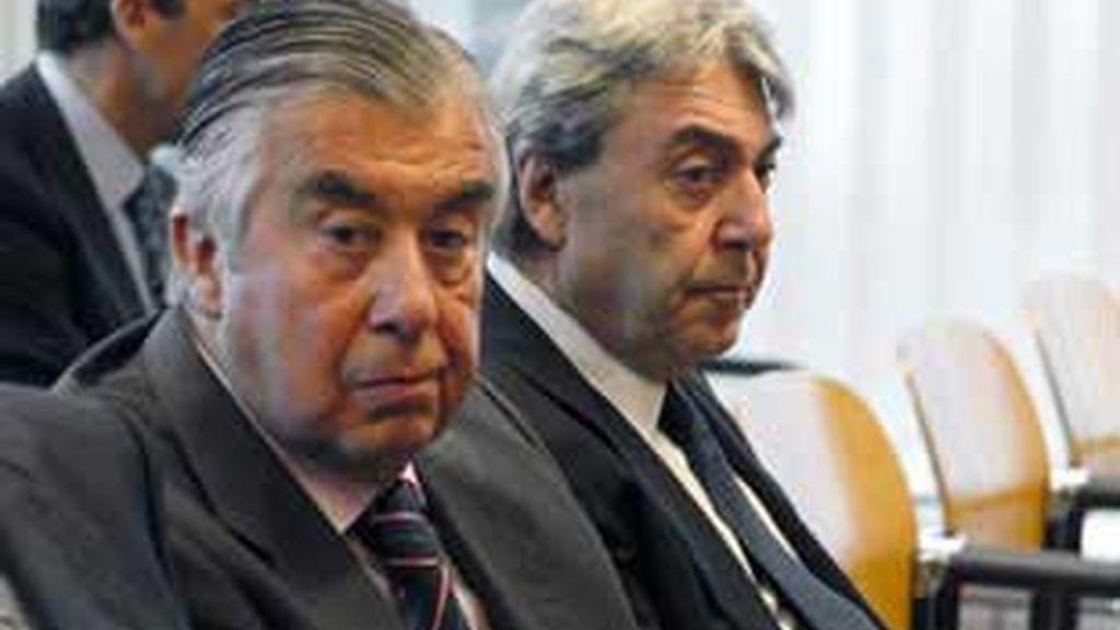 Los Albertos, en el banquillo. Foto: EFE
