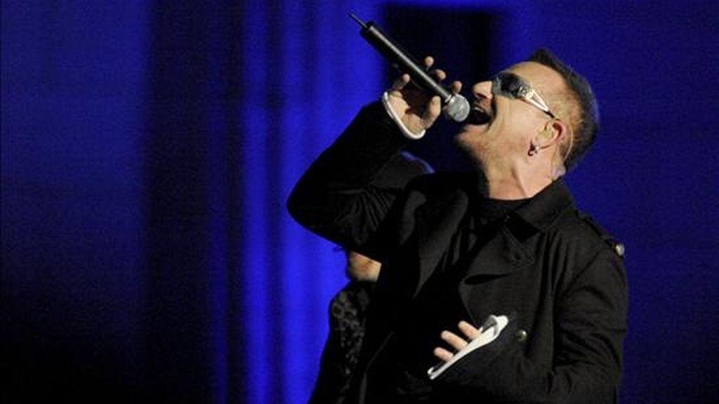 El líder de la banda irlandesa U2, Bono. EFE/Archivo