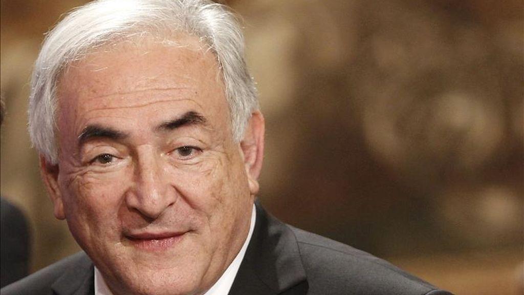 """""""Estamos listos para sumarnos al esfuerzo junto con nuestros socios europeos para ayudar a restaurar el crecimiento y la estabilidad financiera en Portugal"""", afirmó el director gerente del FMI, Dominique Strauss-Kahn. EFE/Archivo"""