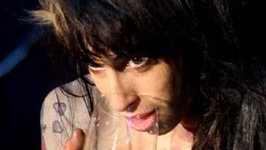 Amy Winehouse durante su actuación en el Rock in Río de Lisboa. Foto: AP