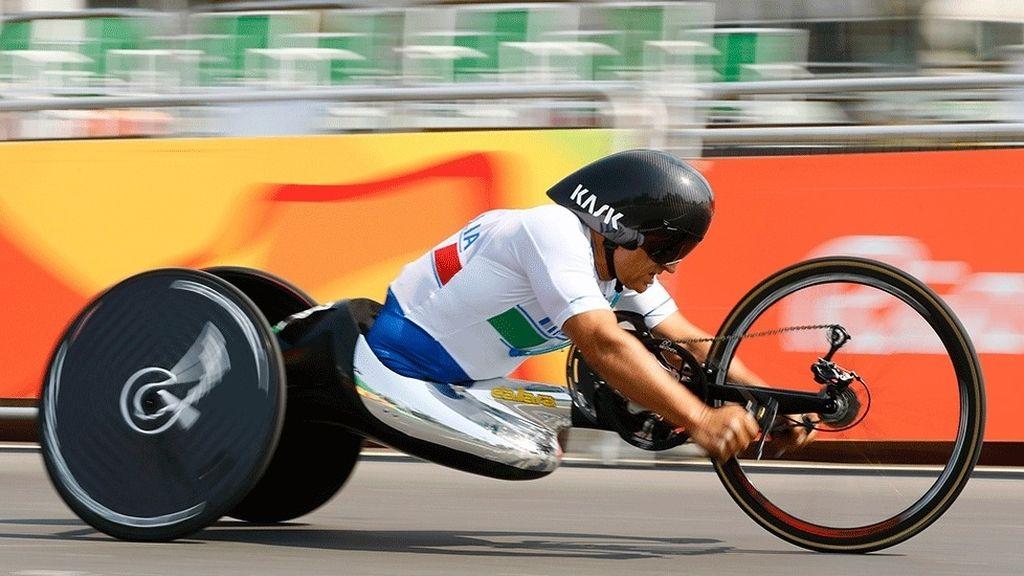 Zanardi, de ex piloto de F1 a doble campeón paralímpico (14/09/2016)