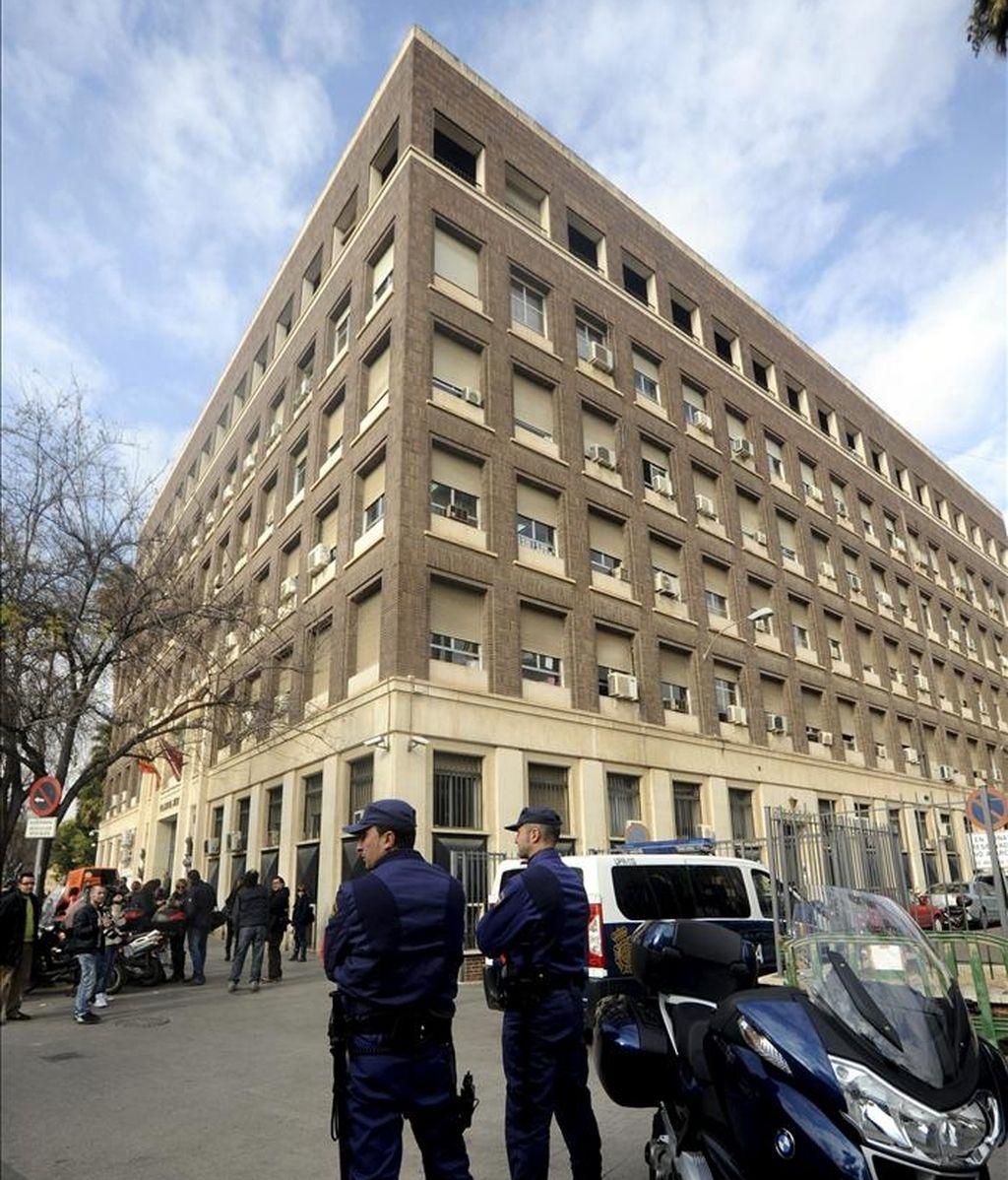 Vista general del exterior de la Audiencia Provincial de Murcia. EFE/Archivo