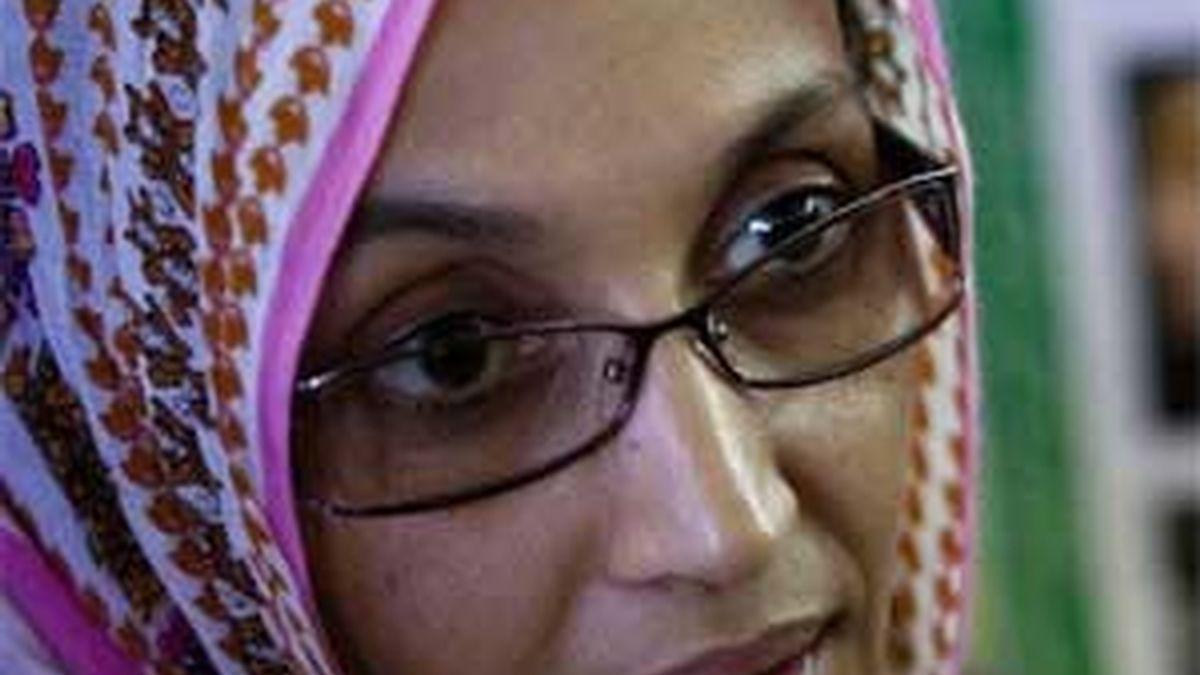 Aminetu Haidar permanece retenida en el aeropuerto de Lanzarote. El Gobierno español no le deja volver a su casa en El Aaiún. Foto: REUTERS
