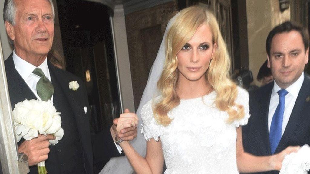 La divertida boda 'hippie chic' londinense de Poppy Delevigne