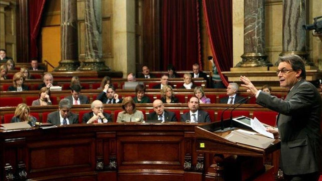 El Parlamento de Cataluña debate la resolución soberanista