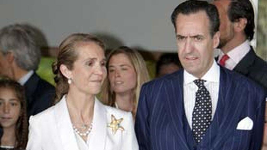 Los Duques de Lugo se divorcian legalmente tras 14 años de matrimonio. Video: Informativos Telecinco