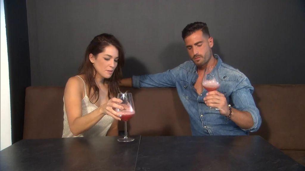 """Jenny, a Carlos: """"Me gustas mucho físicamente, pero me falta algo"""""""