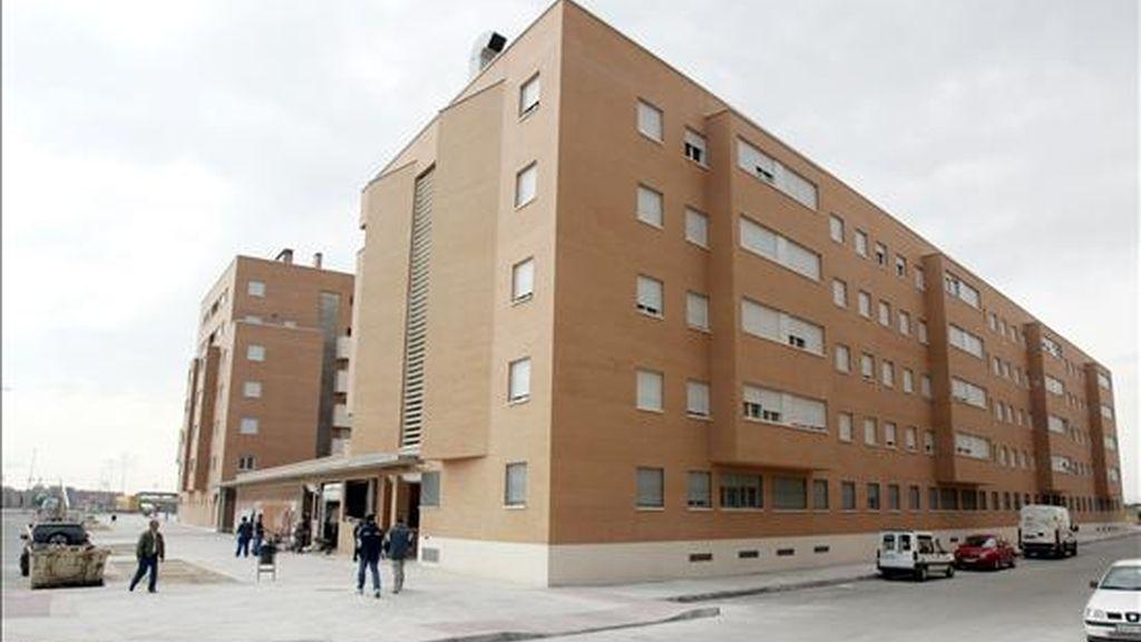Vista de un edificio de viviendas. EFE/Archivo