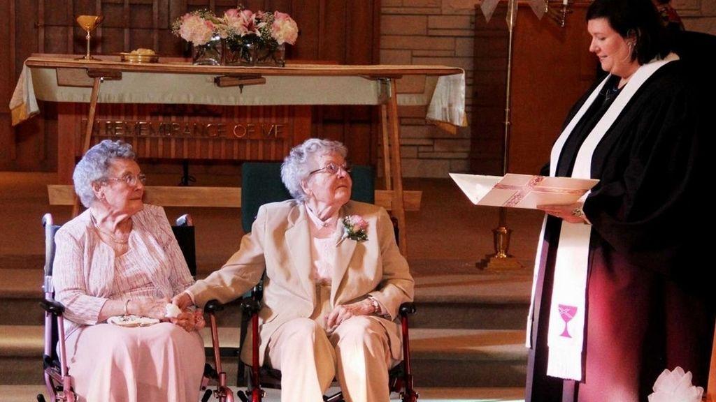Dos ancianas contraen matrimonio después de estar más de 70 años juntas