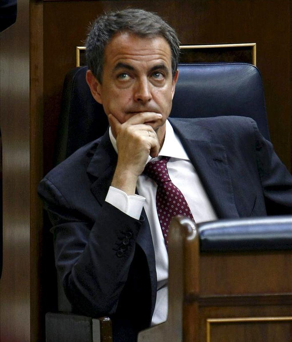 MD06 MADRID, 11/05/2011.- El presidente del Ejecutivo, José Luis Rodríguez Zapatero, durante la sesión de control al Gobierno que hoy celebra el Pleno del Congreso. EFE