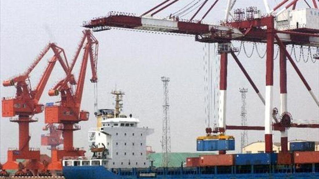 De acuerdo con las cifras divulgadas por el Ministerio de Desarrollo, Industria y Comercio, el saldo positivo en el semestre fue producto de exportaciones por 69.952 millones de dólares e importaciones por 55.965 millones de dólares. EFE/Archivo