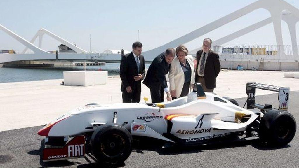 Imagen de la primera vuelta al circuito valenciano. Foto: EFE