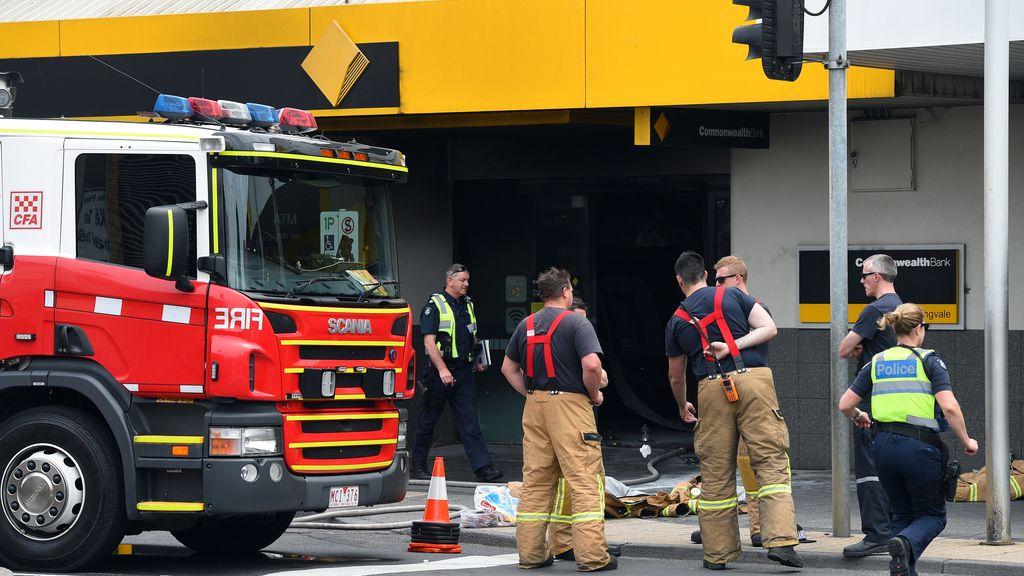 Un hombre se prende fuego en una sucursal bancaria en Australia y deja 26 heridos