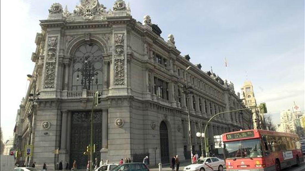 Edifico del Banco de España en la plaza de Cibeles y calle de Alcalá de Madrid. EFE