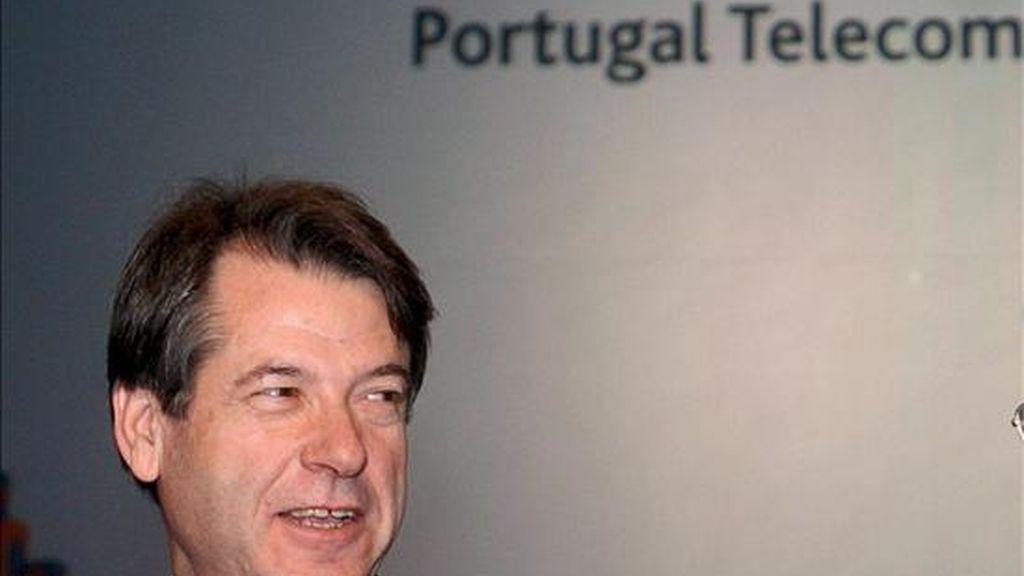 Henrique Granadeiro, director general de Portugal Telecom, antes de una reunión. EFE/Archivo