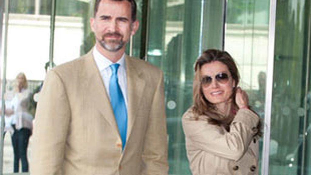 Los Príncipes de Asturias a su llegada a Londres.