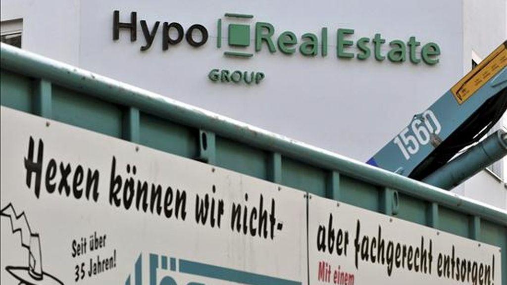Logotipo del banco Hypo Real Estate en su sede en Múnich, Alemania. EFE/Archivo