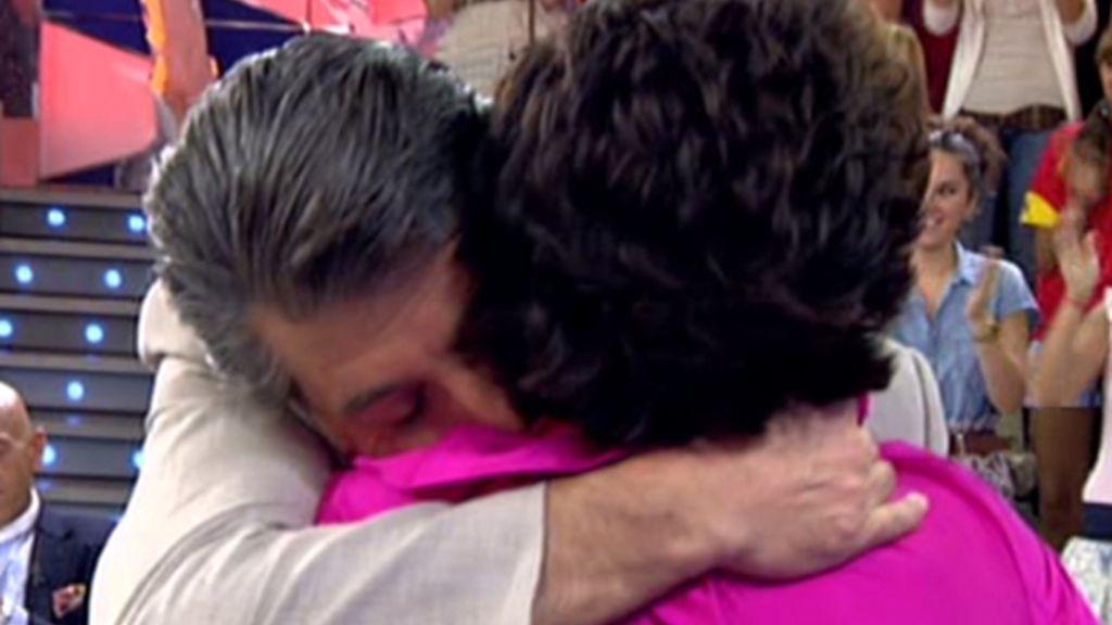 La reconciliación de Jaime Ostos Jr. y Consuelo Alcalá, su madre