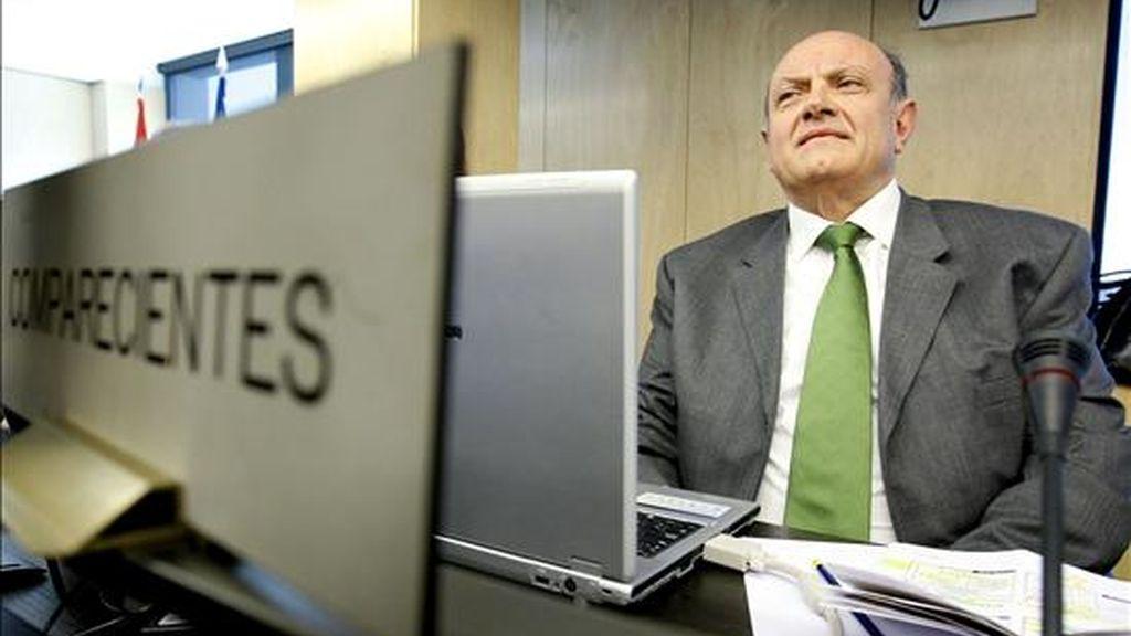 El presidente de la Confederación Española de Cajas de Ahorro (CECA), Juan Ramón Quintás. EFE/Archivo