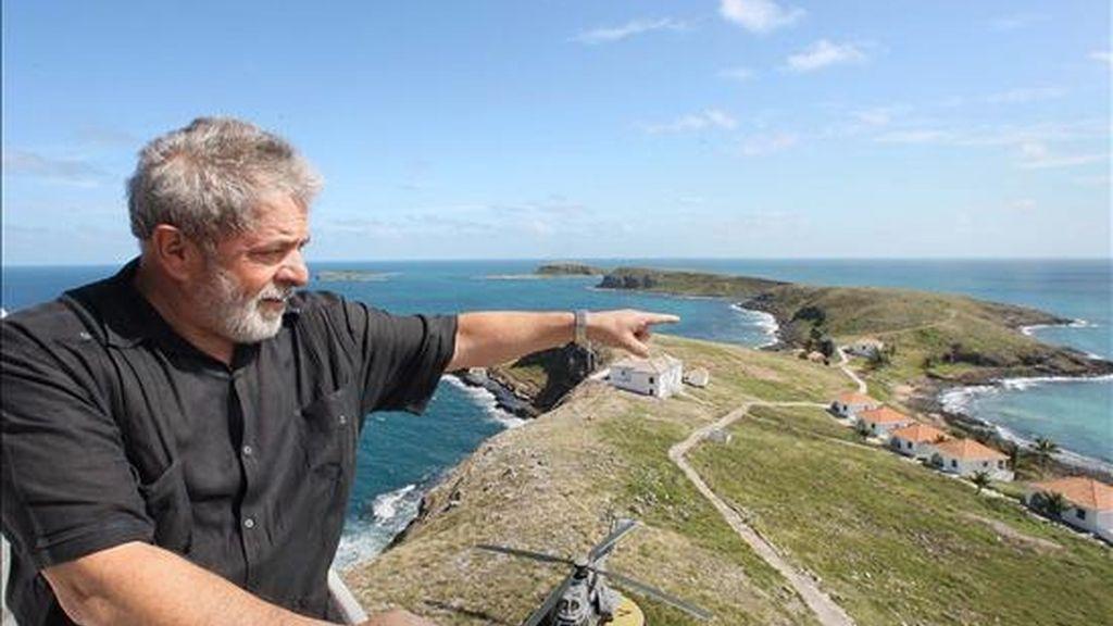 El presidente de Brasil, Luiz Inácio Lula da Silva, visitó el archipiélago de Abrolhos, este viernes, cuando se celebra el Día Mundial del Medio Ambiente. EFE