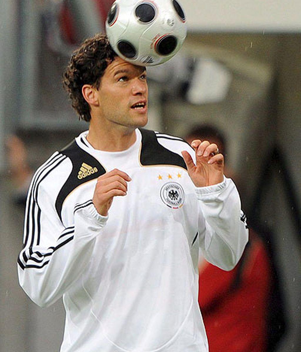 Ballack, capitán alemán, considera que aún no están en su mejor nivel. FOTO: EFE.