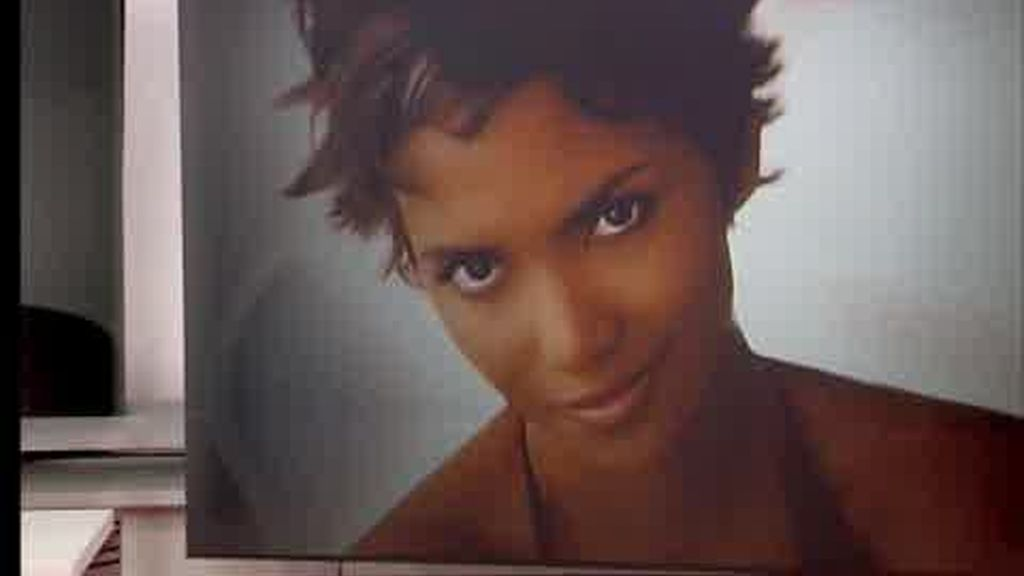 La curiosa costumbre de Halle Berry