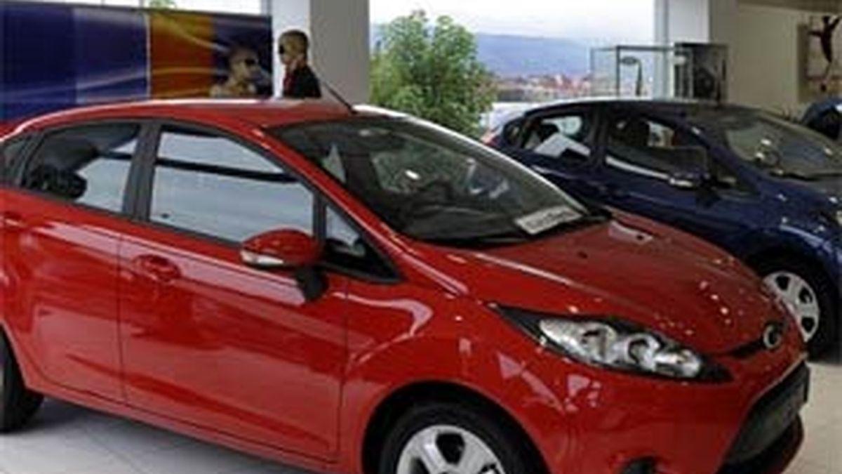 La ayuda directa a los compradores de vehículos del Plan 2000-E debe tributar con el resto de la renta general. FOTO: EFE / Archivo