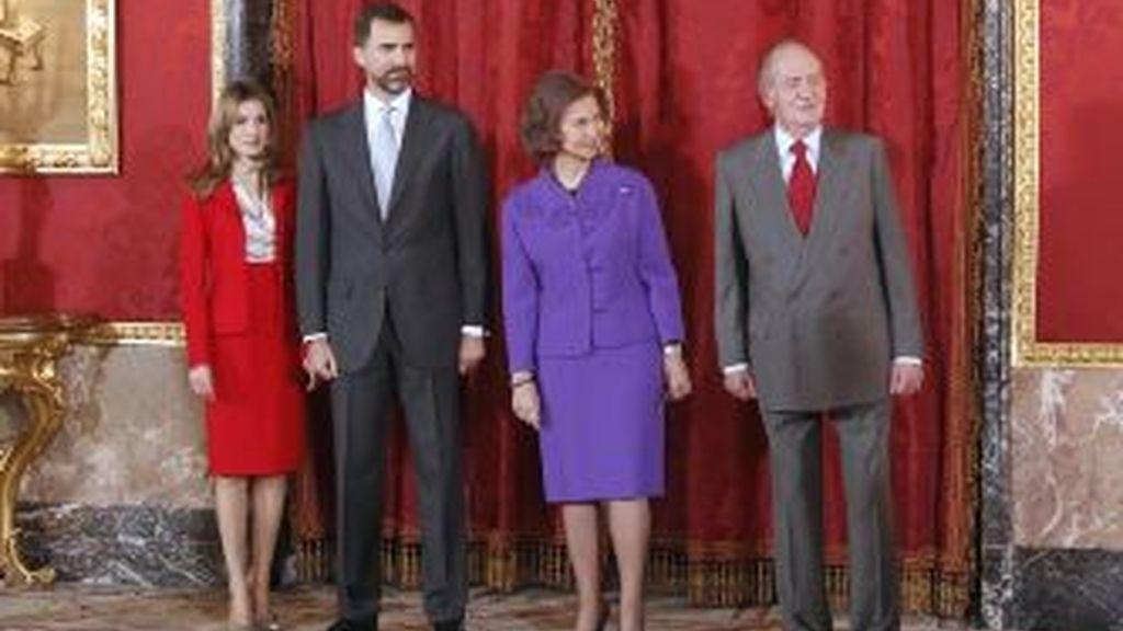 La Reina y Los Príncipes representarán a la Casa Real. Foto: Gtres