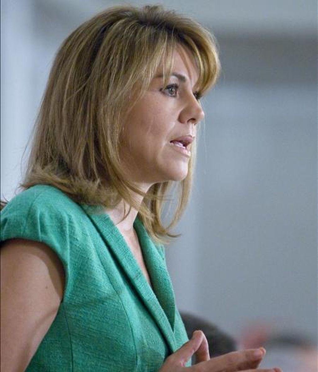 La secretaria general del PP, María Dolores de Cospedal, durante su intervención en un desayuno informativo organizado en Madrid por Europa Press. EFE