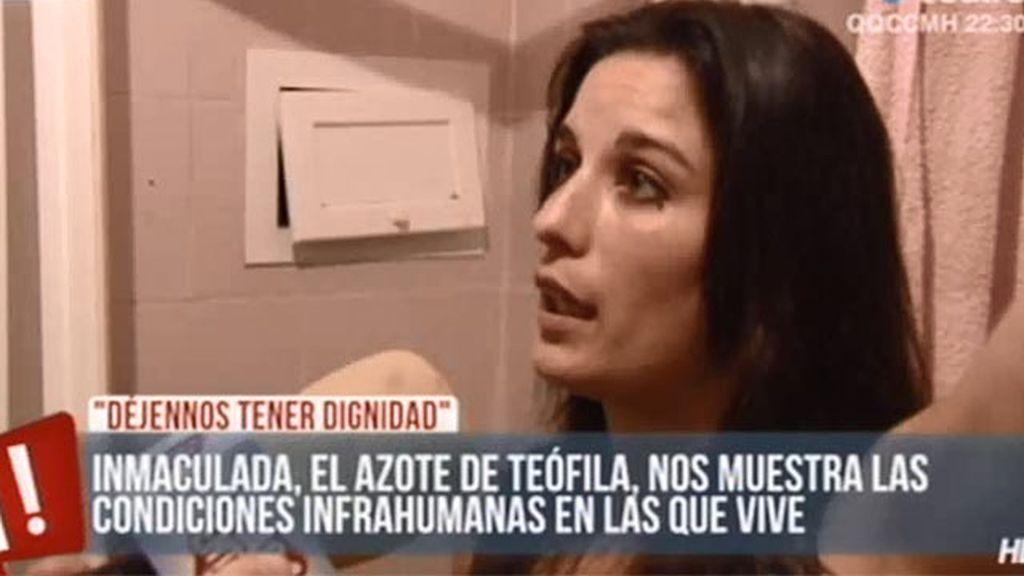 Así vive Inmaculada Michinina, el azote de la alcaldesa de Cádiz