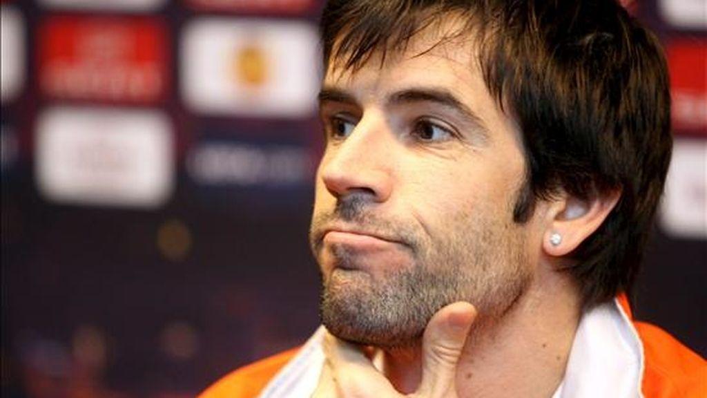 El centrocampista del Valencia David Albelda menospreció al árbitro. Vídeo: Informativos Telecinco.