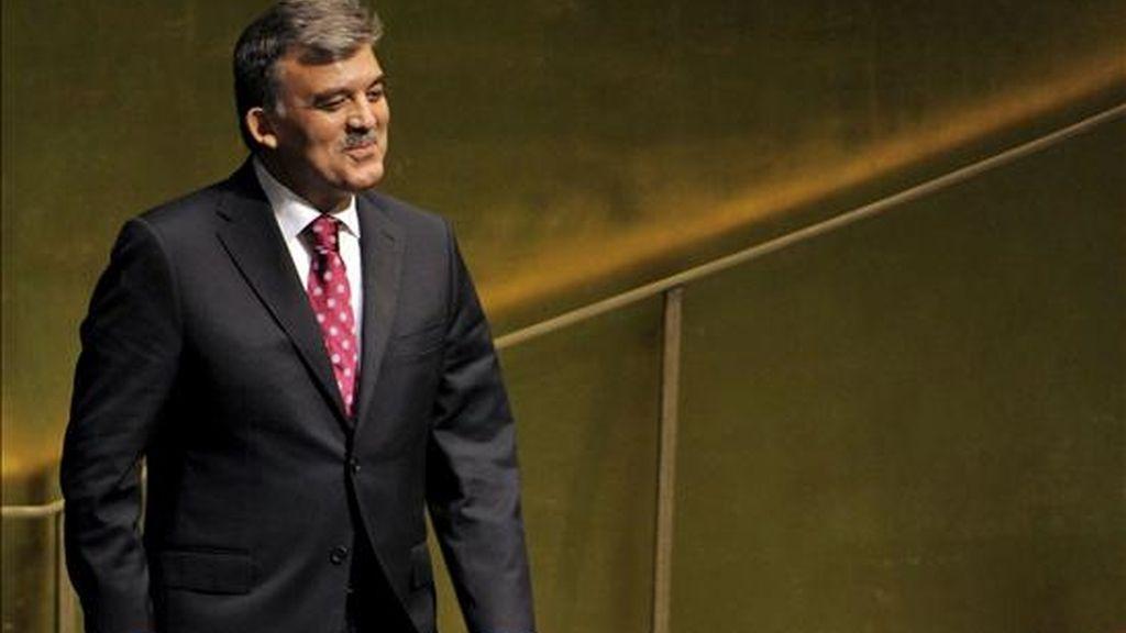 El presidente de Turquía, Abdullah Gul, espera su turno para intervenir durante la primera jornada del 65 periodo de debates de la Asamblea General de las Naciones Unidas, en Nueva York (EE.UU.). EFE
