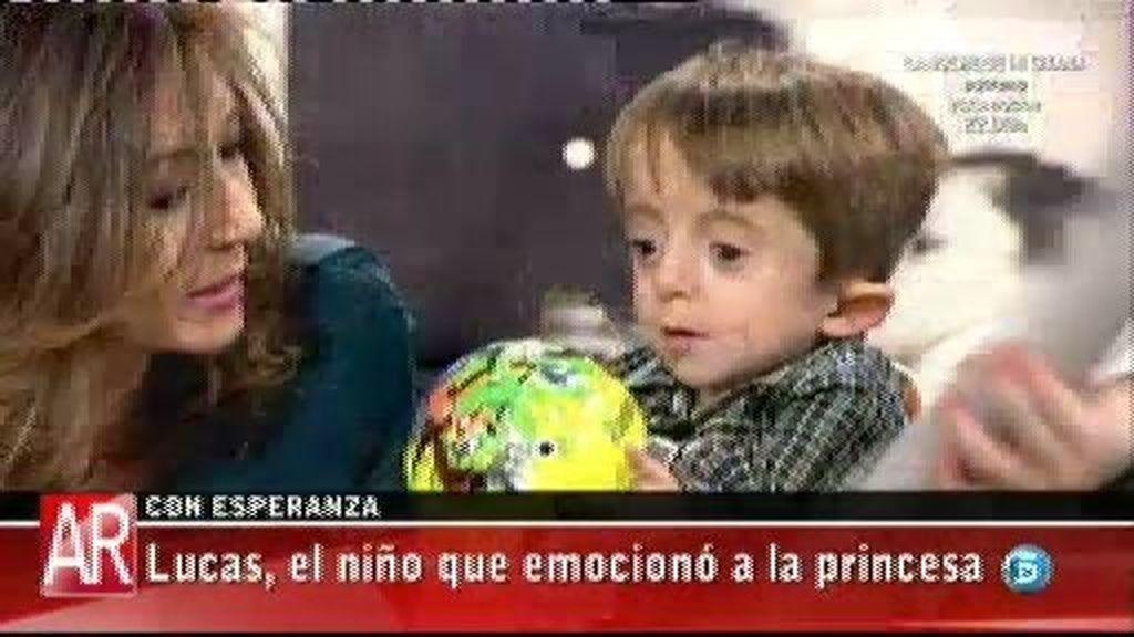 Lucas y su hermano Antón revolucionan el plató de 'AR'