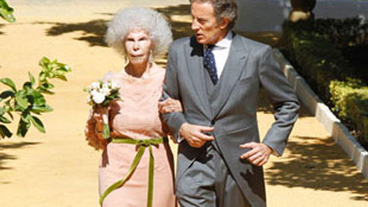 Se casan la duquesa de Alba y Alfonso Díez.