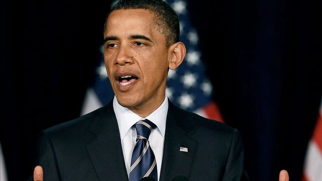 """El presidente de EE.UU., Barack Obama, en la Universidad George Washington, donde dijo: """"Tenemos que vivir de acuerdo con nuestros medios, reducir nuestro déficit y retomar un camino que nos permita saldar nuestra deuda"""". EFE"""