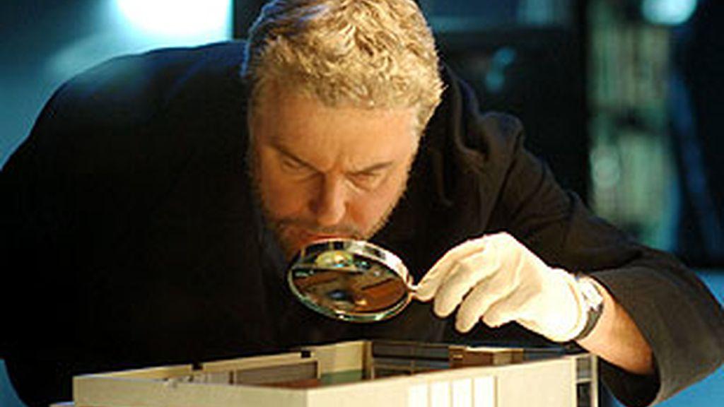Grissom regresa para descubrir que el asesino de las miniaturas 'ha resucitado'