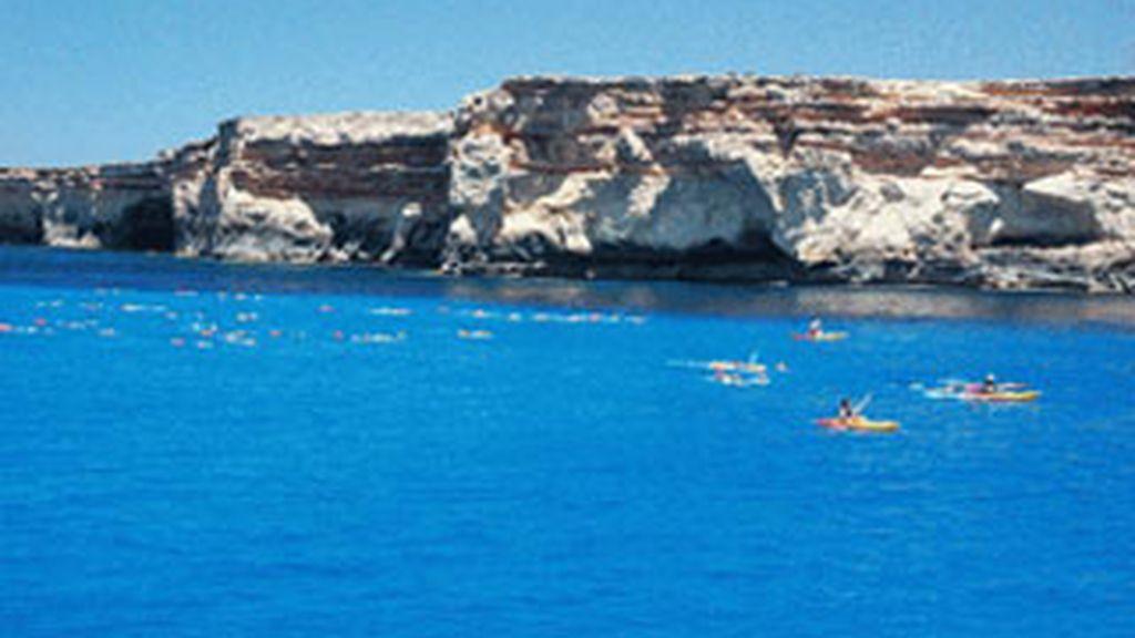 'Respiralia', un concurso a nado en la isla de Formentera