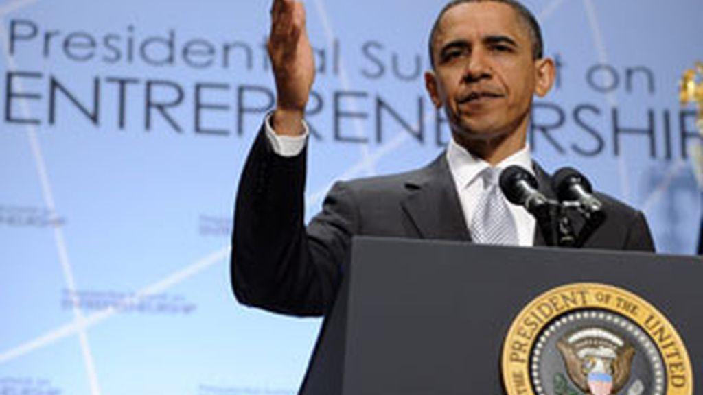 El presidente de Estados Unidos, Barack Obama, habla durante una cumbre con empresarios en la Casa Blanca en Washington. Foto: EFE.