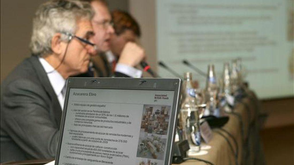 Fotografía de archivo de diciembre de 2008 del entonces consejero delegado de Azucarera del Ebro, Eugenio Ruiz-Gálvez, durante una rueda de prensa ofrecida en Madrid para anunciar la adquisición del negocio azucarero de Ebro Puleva por Associated British Foods. EFE/Archivo