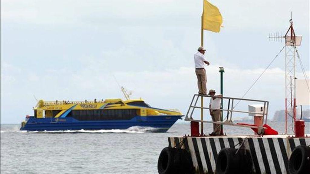 La Armada mexicana busca desde el domingo a un joven español que desapareció mientras practicaba submarinismo en un arrecife de la isla de Cozumel, frente a las costas caribeñas de Playa del Carmen y Cancún, informaron hoy a Efe fuentes oficiales. EFE/Archivo