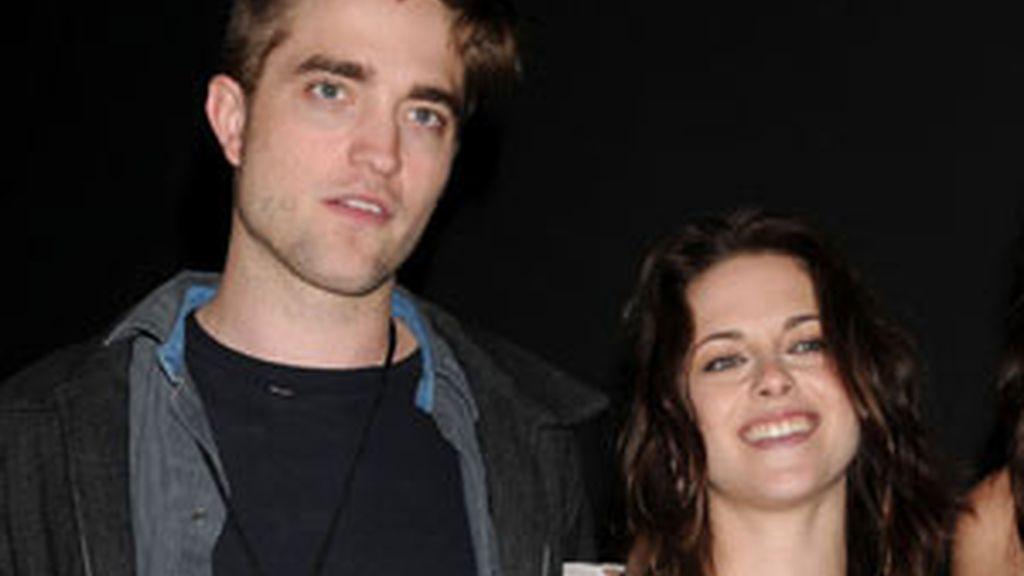 Kristen Stewart con Robert Pattinson. Foto: Gtres