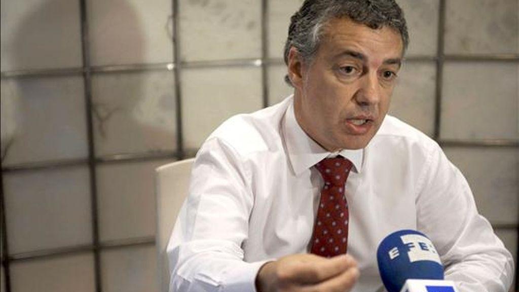 El presidente del PNV, Íñigo Urkullu, durante la entrevista concedida a EFE hoy en Bilbao. EFE