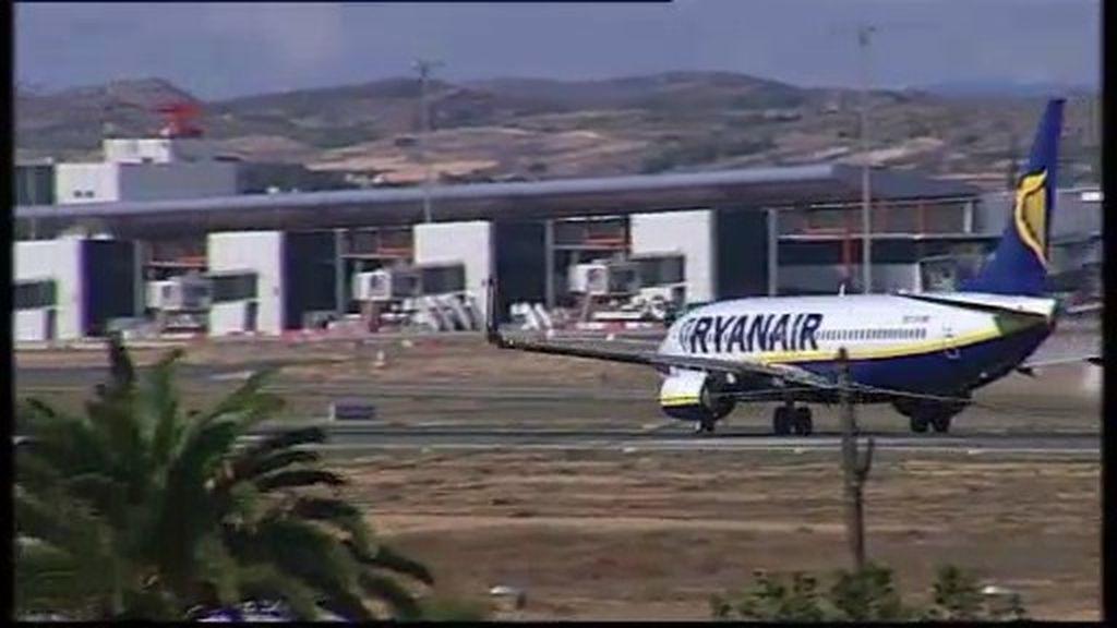 Dos heridos en el aterrizaje forzoso de un avión de Ryanair en Génova